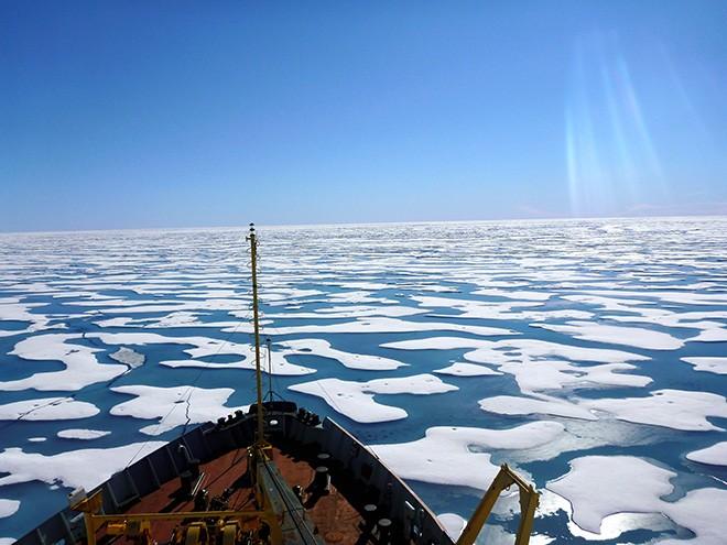 Japão construirá navio quebra-gelo para pesquisar a região do Ártico