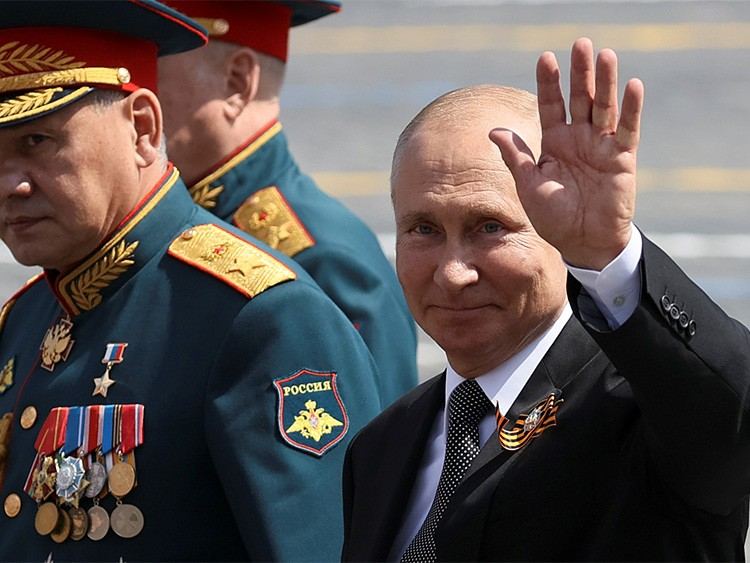 Russia's President Vladimir Putin and Defence Minister Sergei Shoigu leave after the Victory Day Parade in Red Square in Moscow, Russia, June 24, 2020. The military parade, marking the 75th anniversary of the victory over Nazi Germany in World War Two, was scheduled for May 9 but postponed due to the outbreak of the coronavirus disease (COVID-19). Sputnik/Ekaterina Shtukina/Pool via REUTERS  ATTENTION EDITORS - THIS IMAGE WAS PROVIDED BY A THIRD PARTY.
