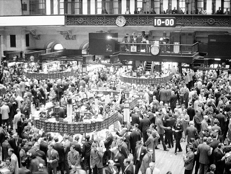 This was the jammed floor at the New York Stock Exchange on the morning of Nov. 6, 1968, after the presidential election on Nov. 5. In the first hour, stocks advanced. The Dow Jones Industrial average was up 5.41 points at that time. (AP Photo/OR)
