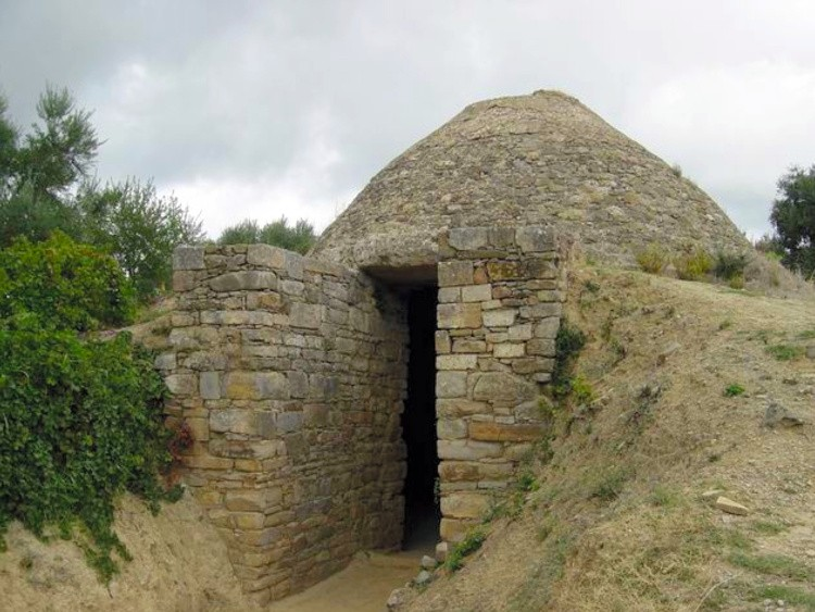 A photo provided by the University of Cincinnati shows the Tholos Tomb IV at Pylos, as reconstructed by the Greek Archaeological Service. Two large tombs have been discovered and excavated at the site of the ancient city of Pylos in southern Greece, suggesting that Pylos played a surprisingly prominent role in early Mycenaean civilization. (Department of Classics, University of Cincinnati via The New York Times)    -- NO SALES; FOR EDITORIAL USE ONLY WITH NYT STORY SLUGGED GREECE TOMBS BY NICHOLAS WADE FOR DEC. 17, 2019. ALL OTHER USE PROHIBITED. --