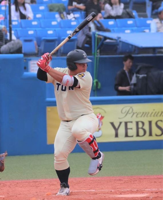 大学野球 - 桐蔭横浜大の「ドカベン」渡部健人 長打力はもちろん、守備 ...