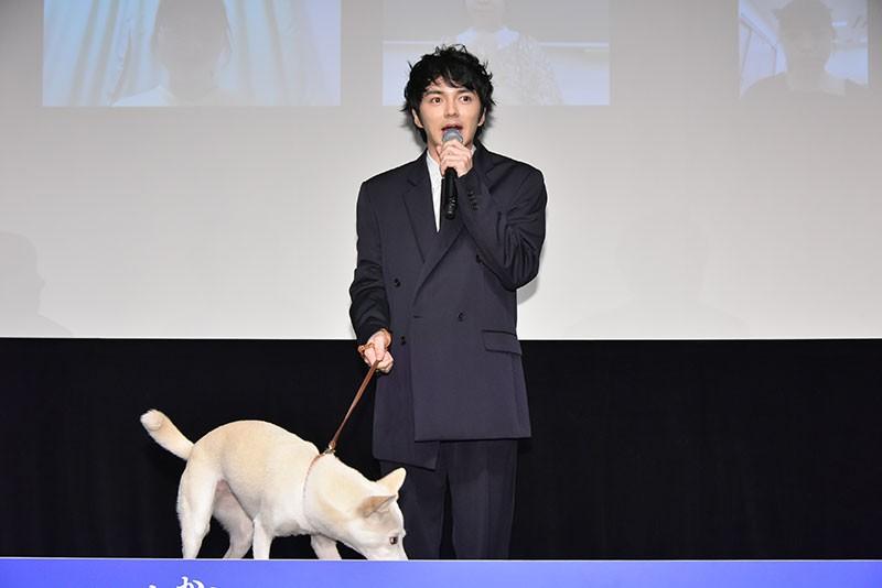 映画『犬部!』、主演の林遣都さんと相棒犬ちえちゃん